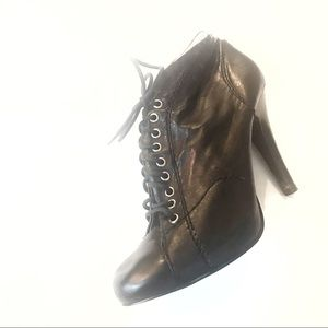 Nine West Lace Up Bootie Style Heels Sz 10 ✨